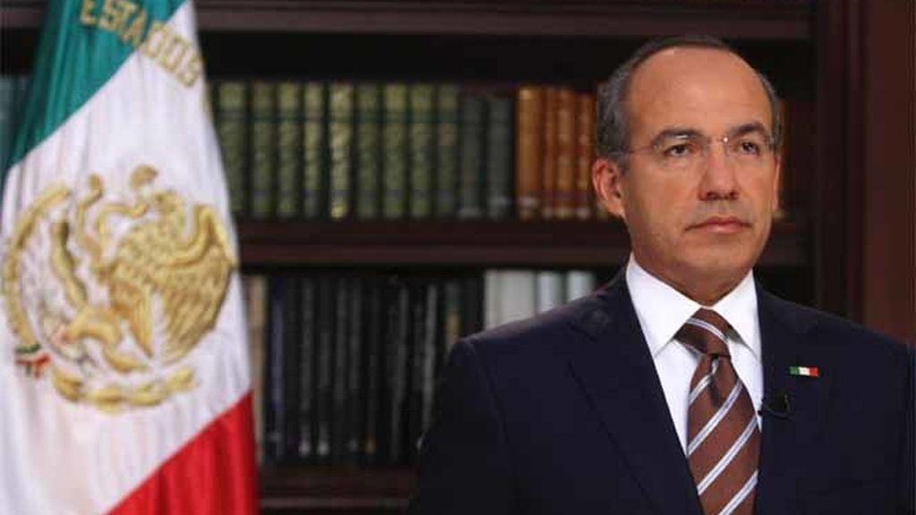 Calderón reconoce su derrota