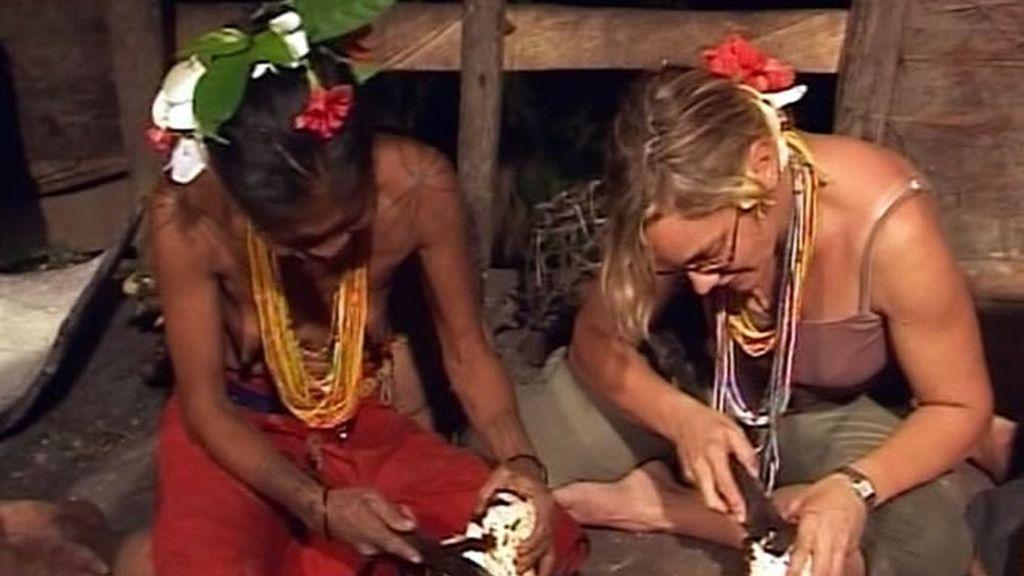 Sonia tiene un percance mientras aprende a hacer taro
