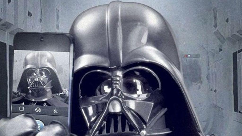 Disney y Lucas Film colgaron esta imagen en el lanzamiento oficial de la cuenta en Instagram de Star Wars VII