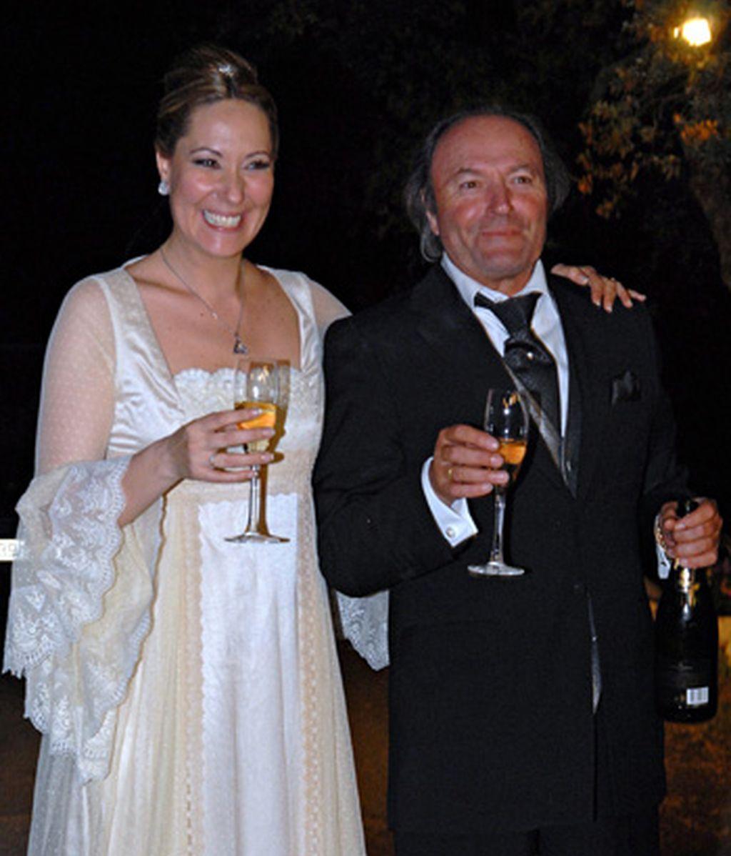 Pasarela de famosos en la boda de Chayo Mohedano en Yerbabuena