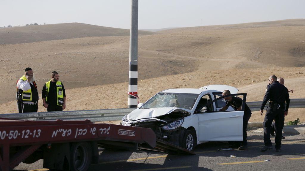 Muere tiroteado un palestino tras atropellar a dos soldados israelíes en Cisjordania