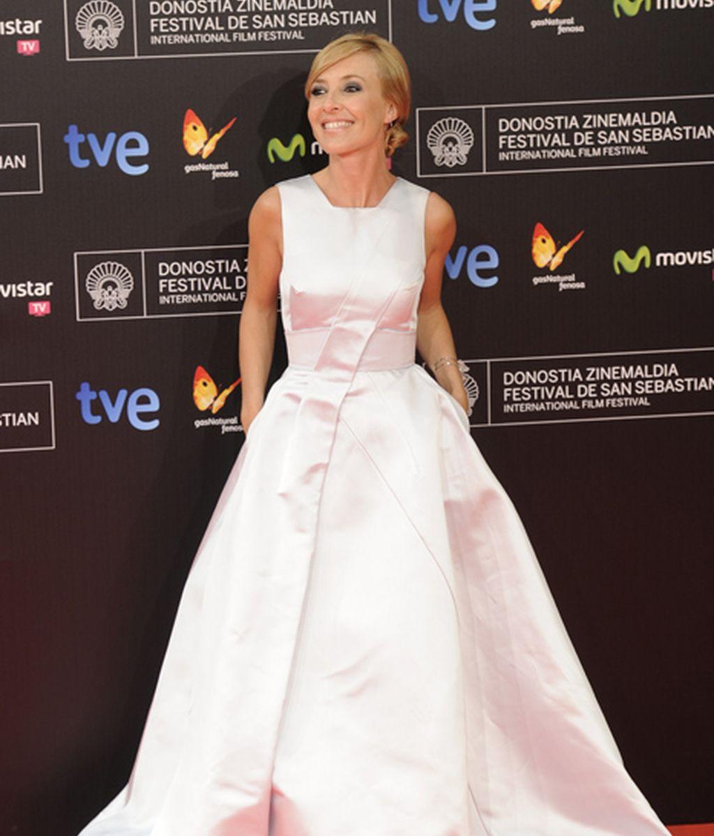 Cayetana Guillén Cuervo, hizo las labores de co-presentadora y azafata del evento