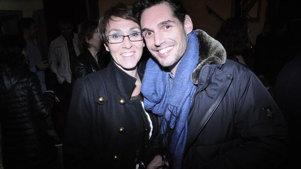 Lola González, coreógrafa de la obra, junto a Josep Lobató