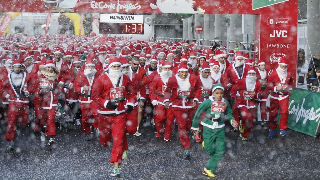 Corredores vestidos de Papá Noel