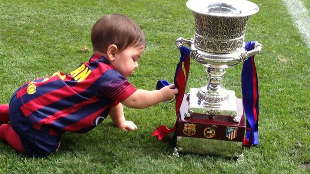 Milan, como un culé, disfrutando con la Supercopa