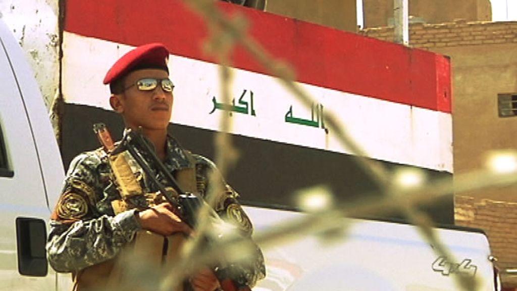 Un miembro de las fuerzas de seguridad irakíes