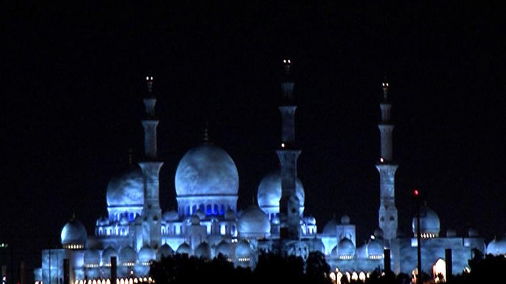 Noche en Abu Dhabi