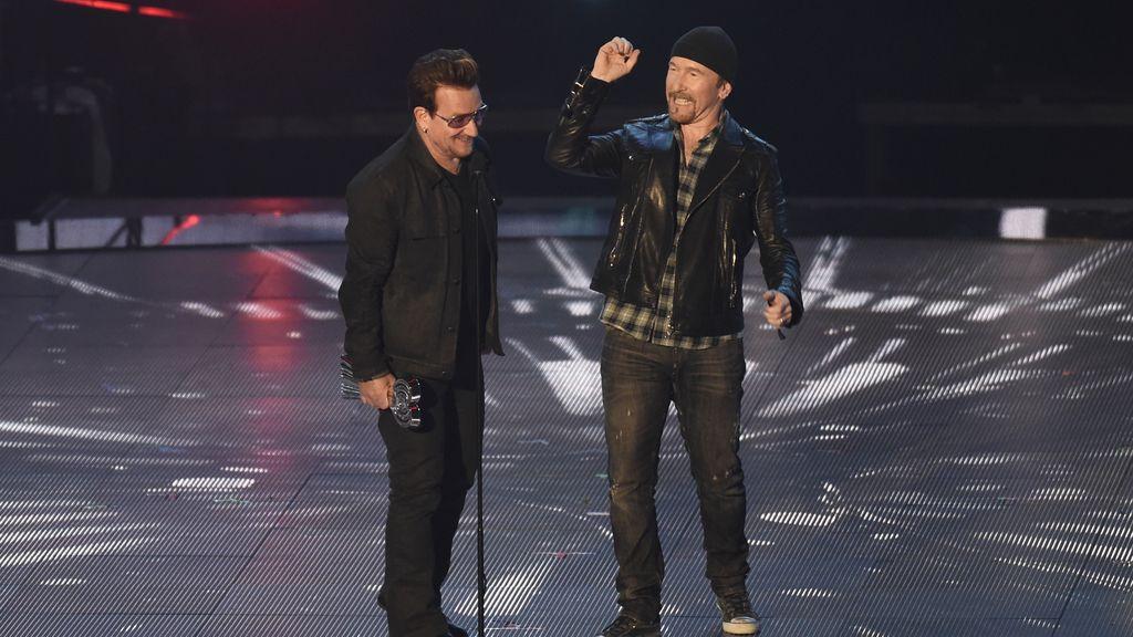 U2 en los IHearRadio Music Awards