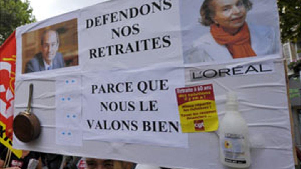 Liliane Bettencourt y su hija se reconcilian y ponen fin a tres años de disputas
