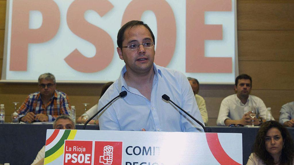 """César Luena: """"El PP se encuentra en el banquillo de la Justicia y desde el 24 de mayo también en el de la política"""""""