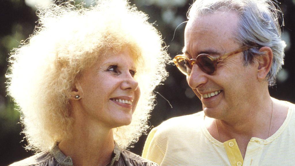 Con Jesús Aguirre, su segundo marido, en 1996