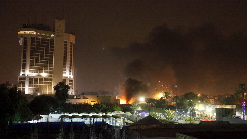 Diez muertos por la explosión de dos coches bomba en Bagdad