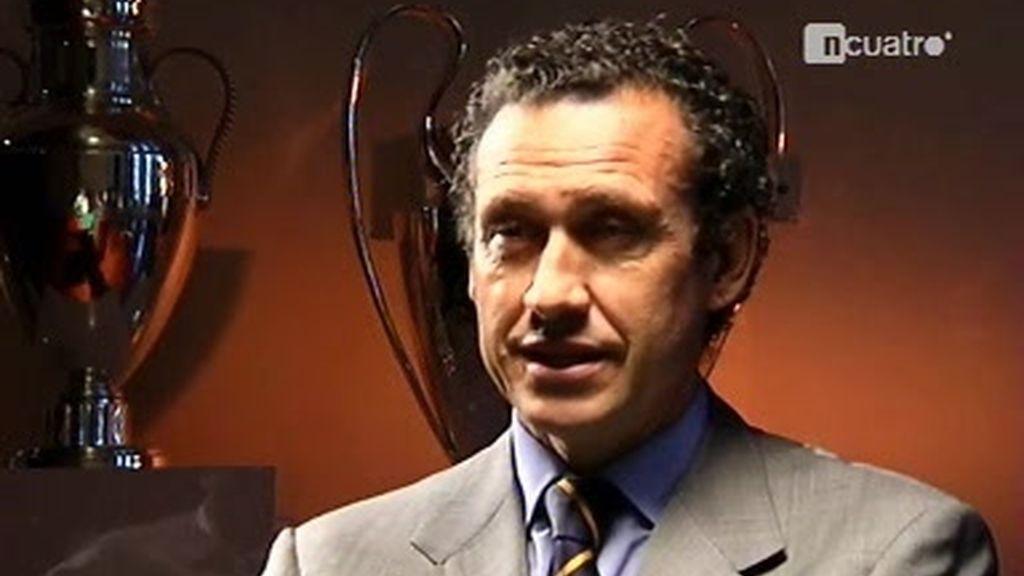 Jorge Valdano responde a las preguntas de Manu Carreño