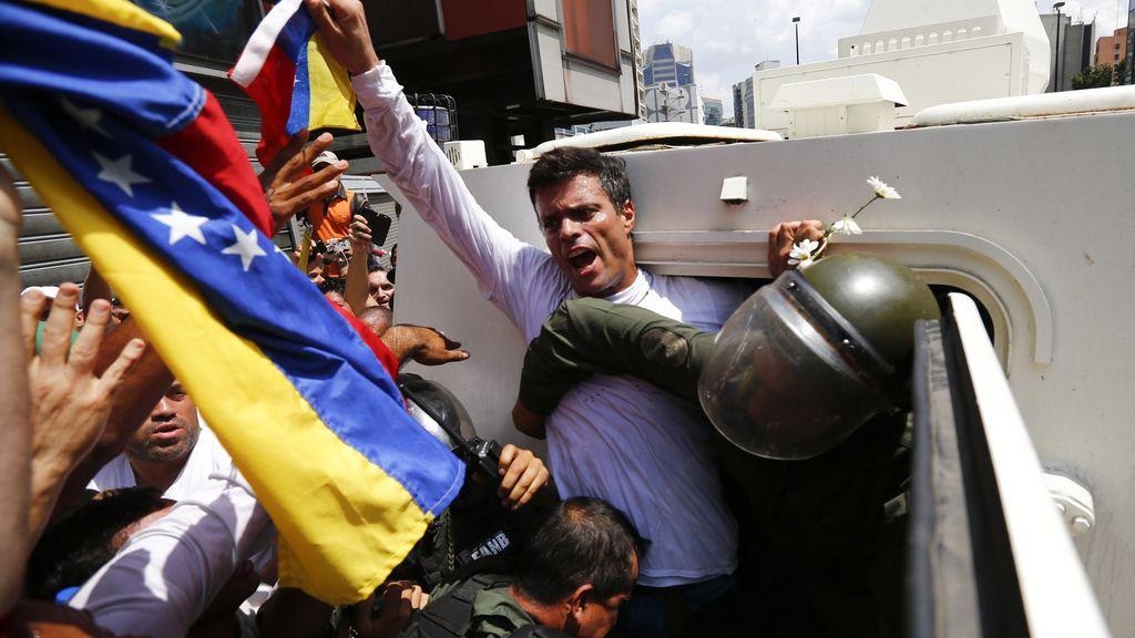 Leopoldo López en el momento de su detención