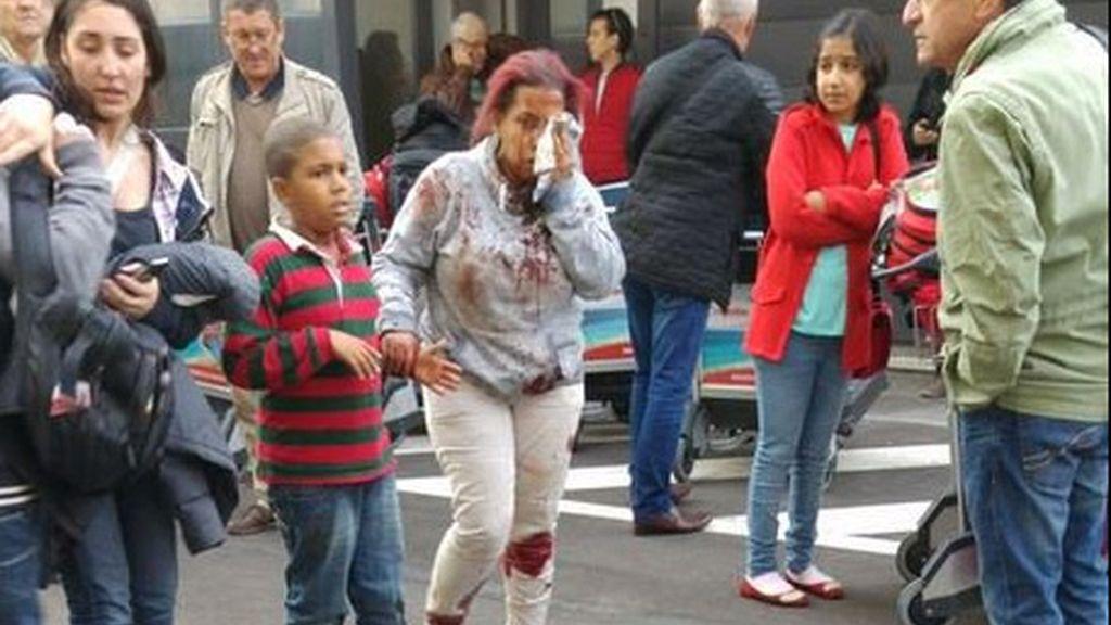 Una mujer herida en las explosiones del aeropuerto de Bruselas