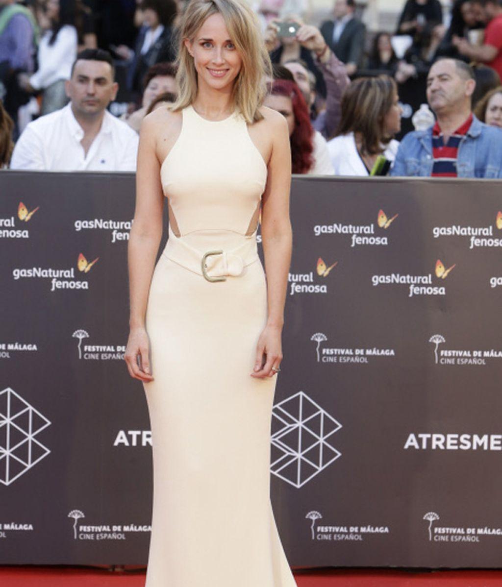 Ingrid Garcia apuesta por el beige en la presentación del Festival de Cine de Málaga