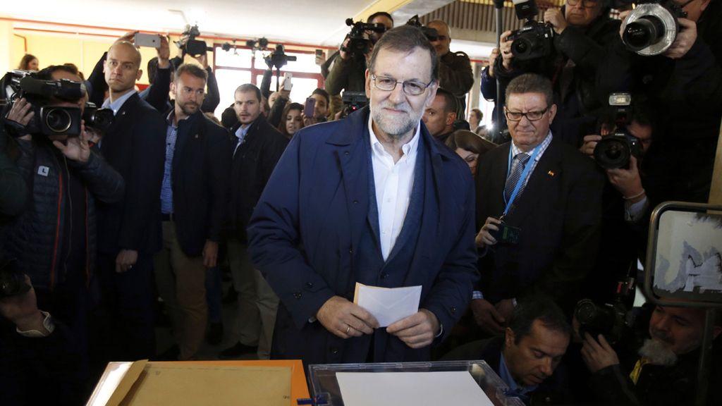 Mariano Rajoy vota en Aravaca