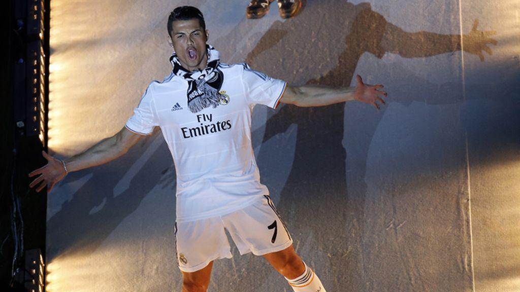 La entrada triunfal de Cristiano en el Bernabéu