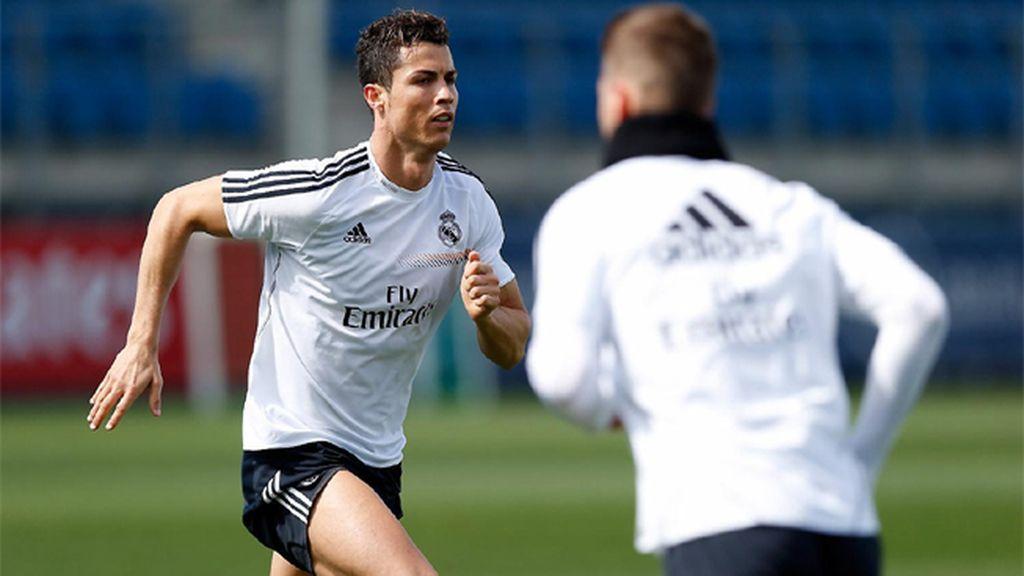 Cristiano Ronaldo y Ramos se entrenan de cara al Bayern