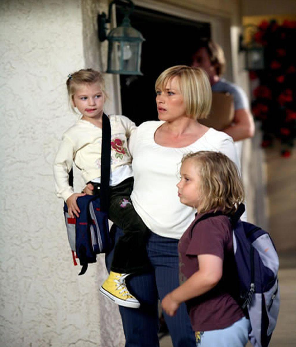 Allison con dos de sus hijas