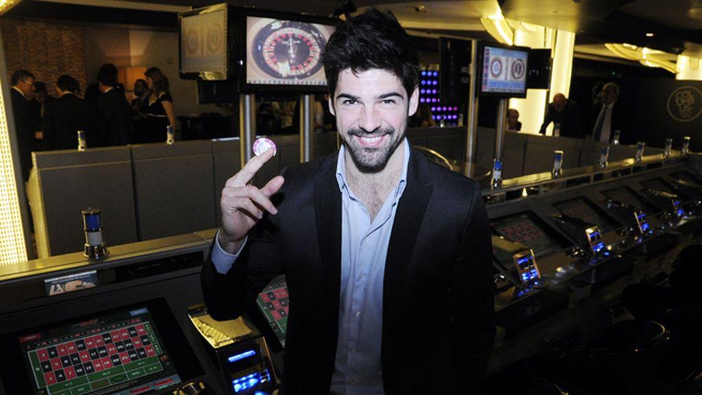 Miguel Ángel Muñoz no perdió de vista su ficha para inaugurar este nuevo casino, el primero en Madrid en 90 años
