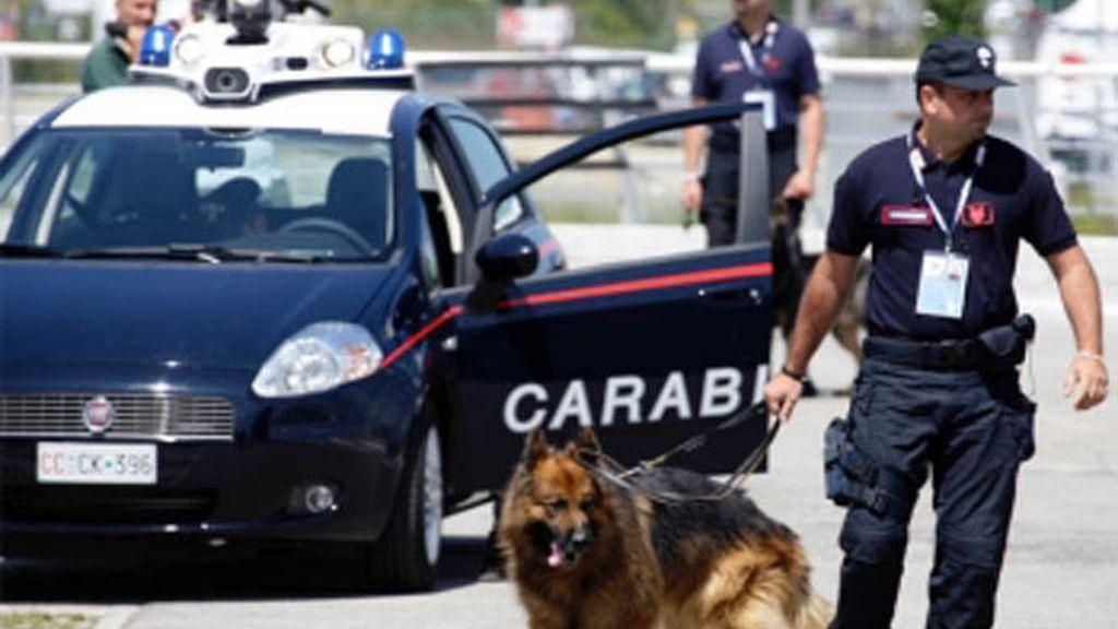Anarquistas se atribuyen las bombas en embajadas en Italia