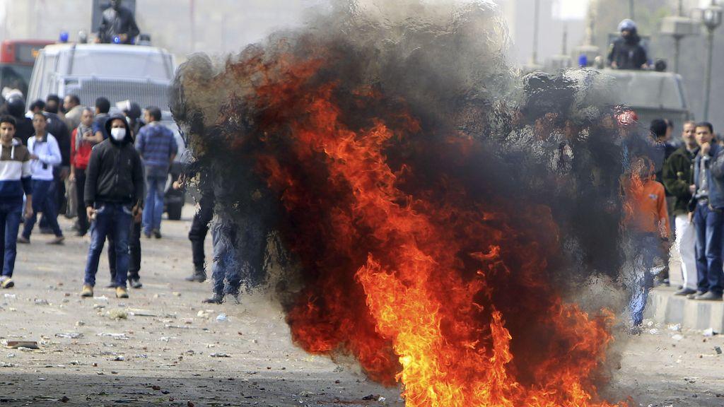 Nuevos enfrentamientos en El Cairo entre Policía y manifestantes