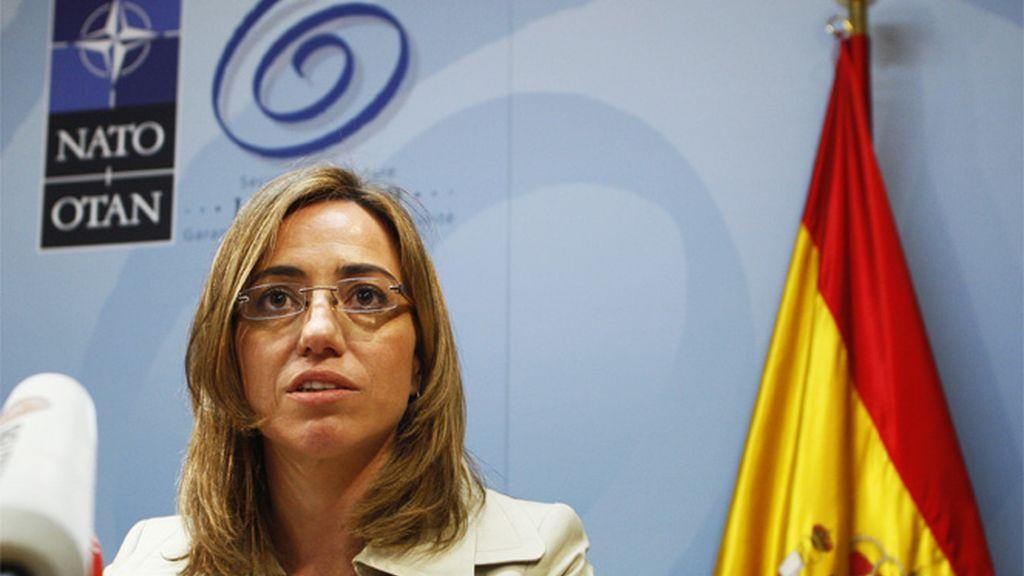 Carmen Chacón en una reunión de la OTAN