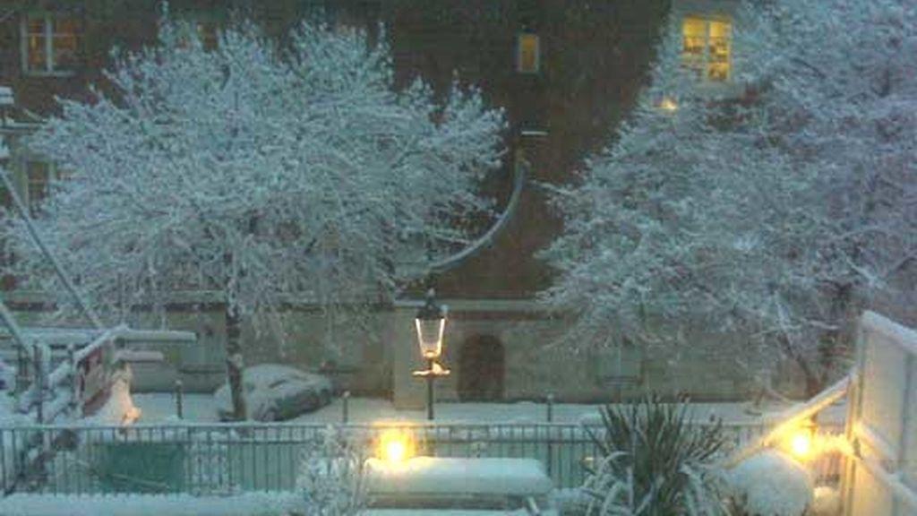 Londres, paralizado por la nieve. Vídeo: Informativos Telecinco