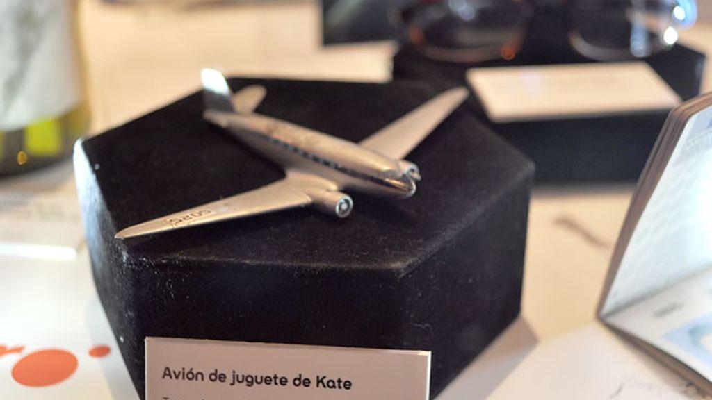 Avión de juguete de Kate