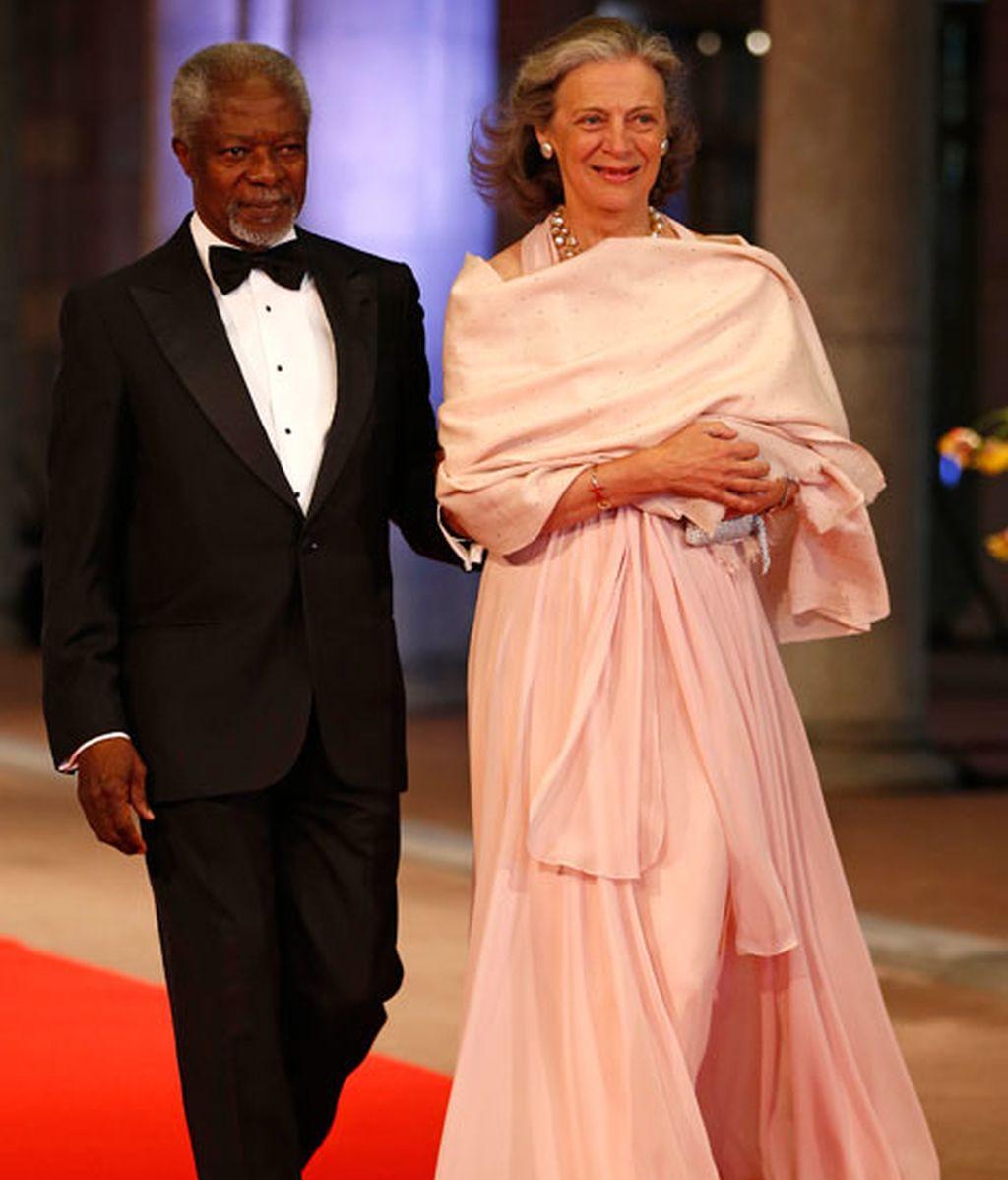 Kofi Annan, secretario general de la ONU, y su mujer