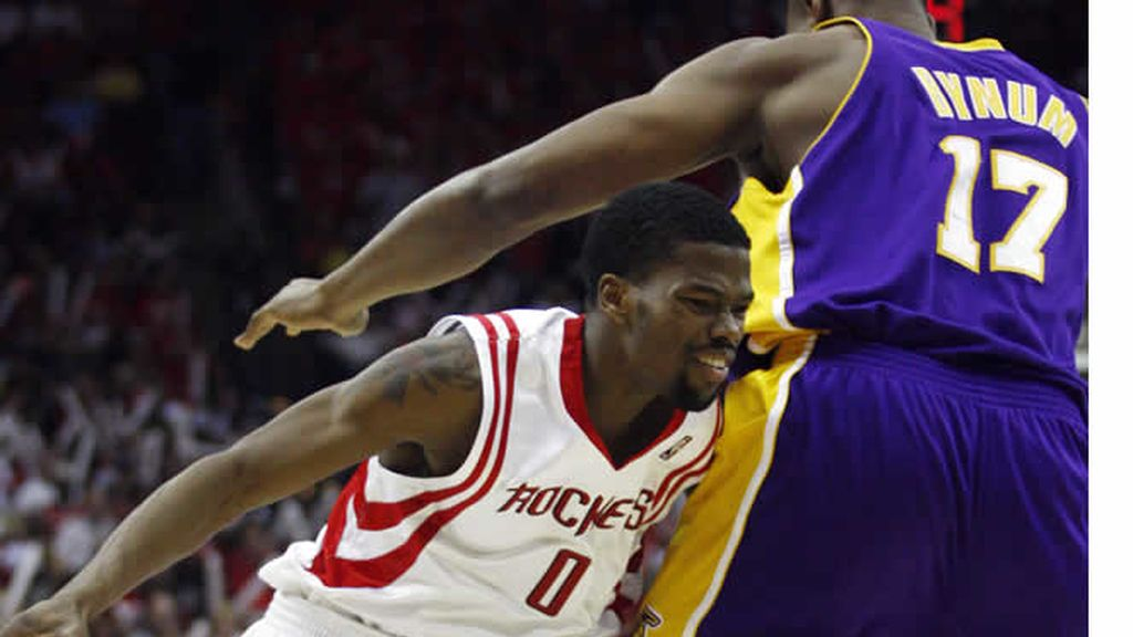 Los Rockets empatan la eliminatoria