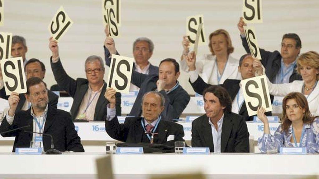 La cúpula del PP en una de las votaciones. Foto: EFE