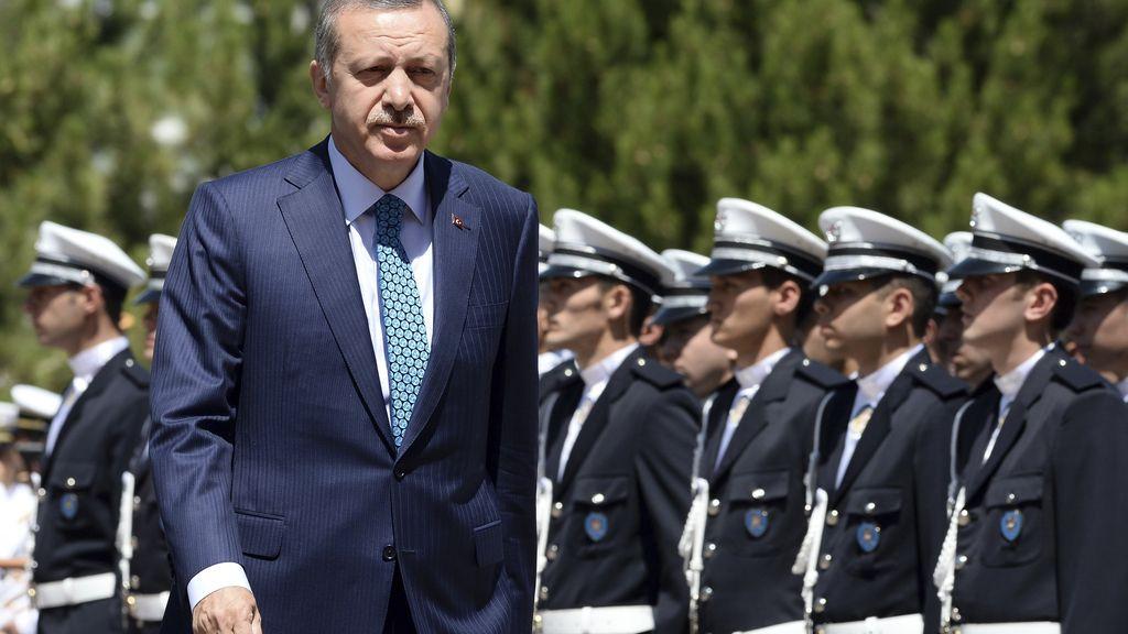 """Erdogan afirma que la Policía """"ha escrito una saga heroica"""" con sus intervenciones en el parque Gezi"""