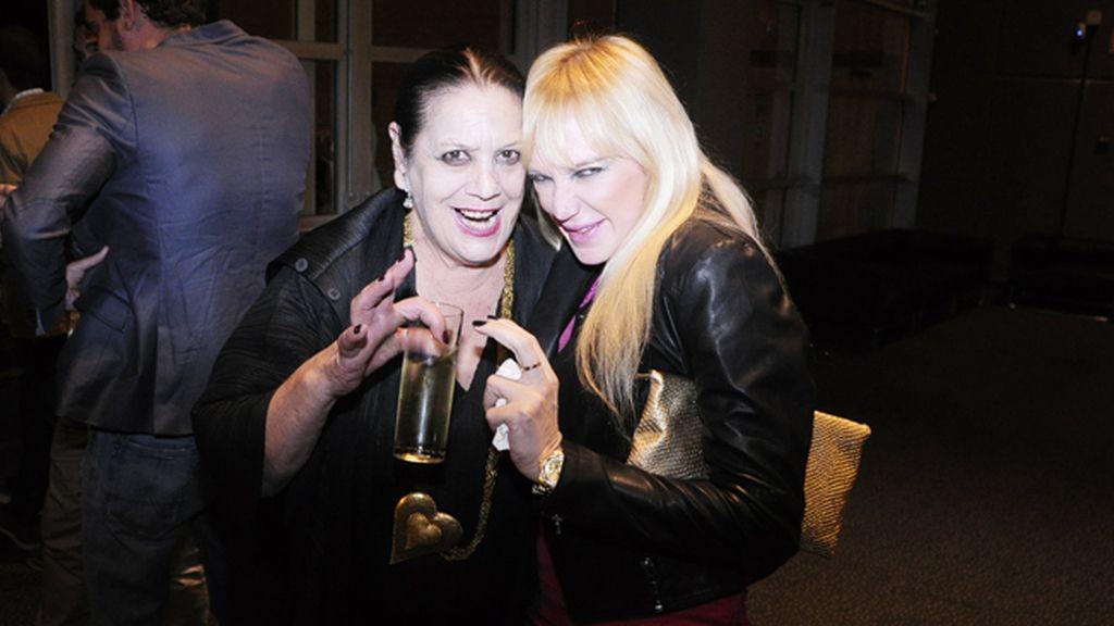 Dos brujas adorables: Terele Pávez y Topacio Fresh