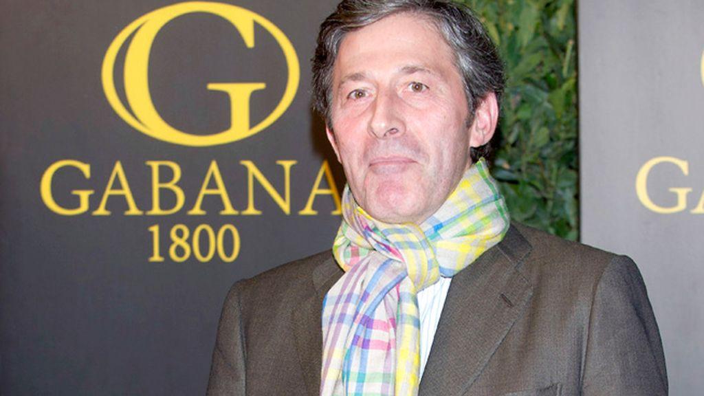 El periodista Jesús Álvarez, dando color a la noche madrileña