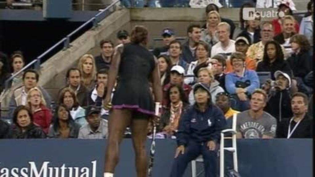 Serena Williams amenaza a la juez de línea en el US Open