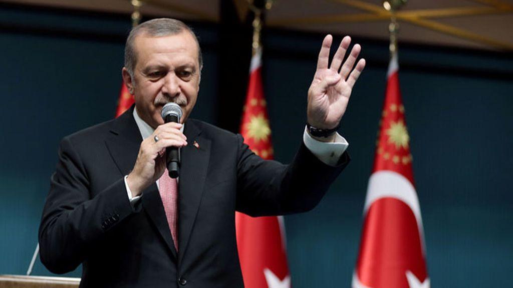 El Parlamento de Turquía aprueba el estado de emergencia