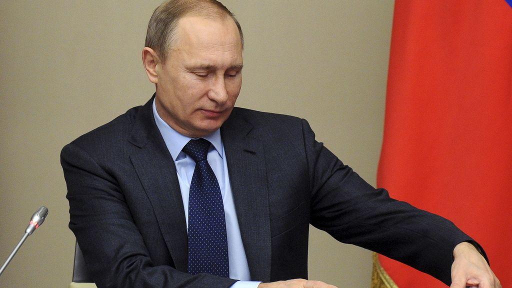 Putin durante una reunión