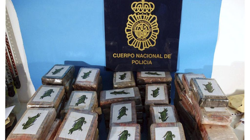 Interceptados en Marín más de 100 kilos de cocaína ocultos en un contenedor de plátanos