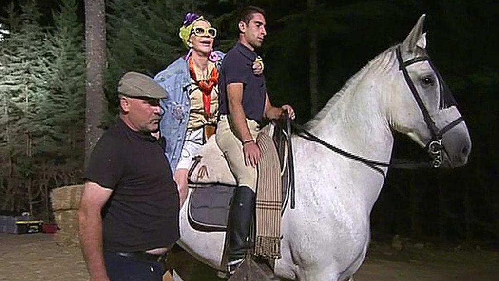Karmele vuelve aterrorizada a lomos de un caballo