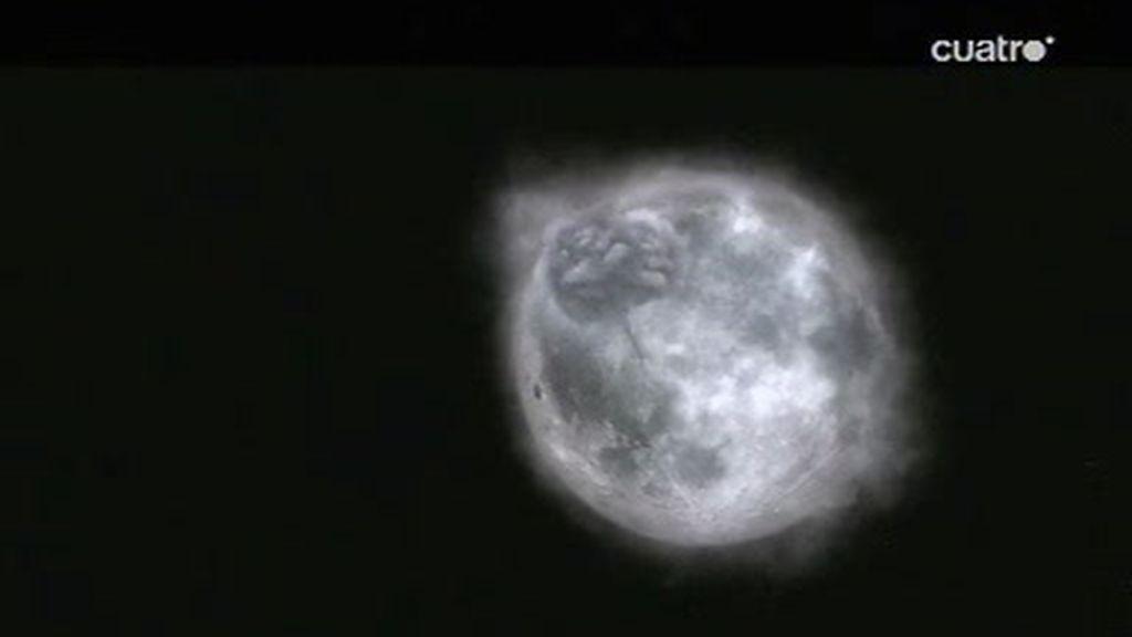 ¿Qué sucede en la luna?