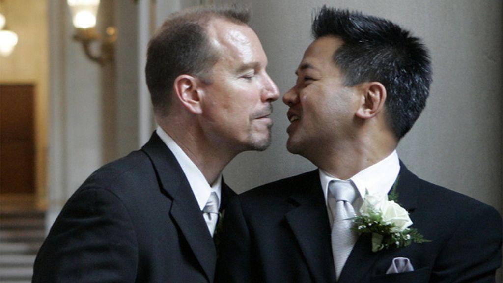 Boda homosexual en un juzgado
