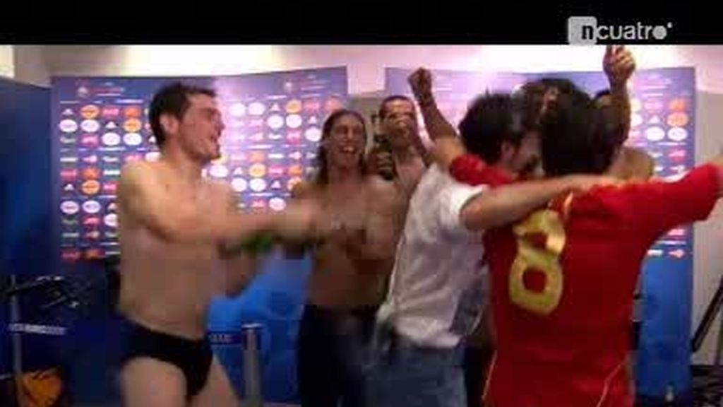 Hace un año? la selección española doraba su historia