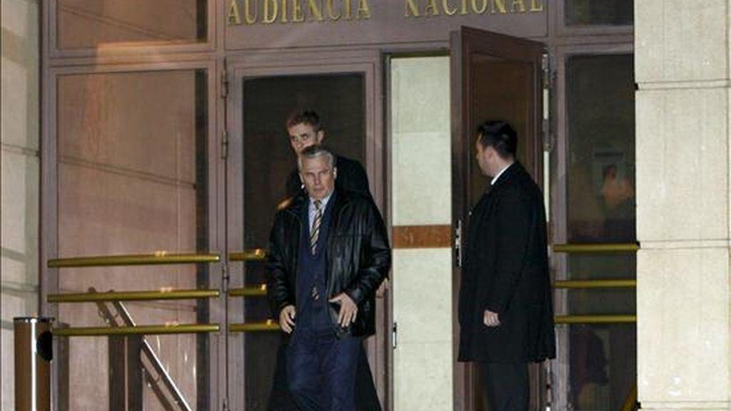Anticorrupción quiere que Garzón se inhiba. Vídeo:Informativos Telecinco
