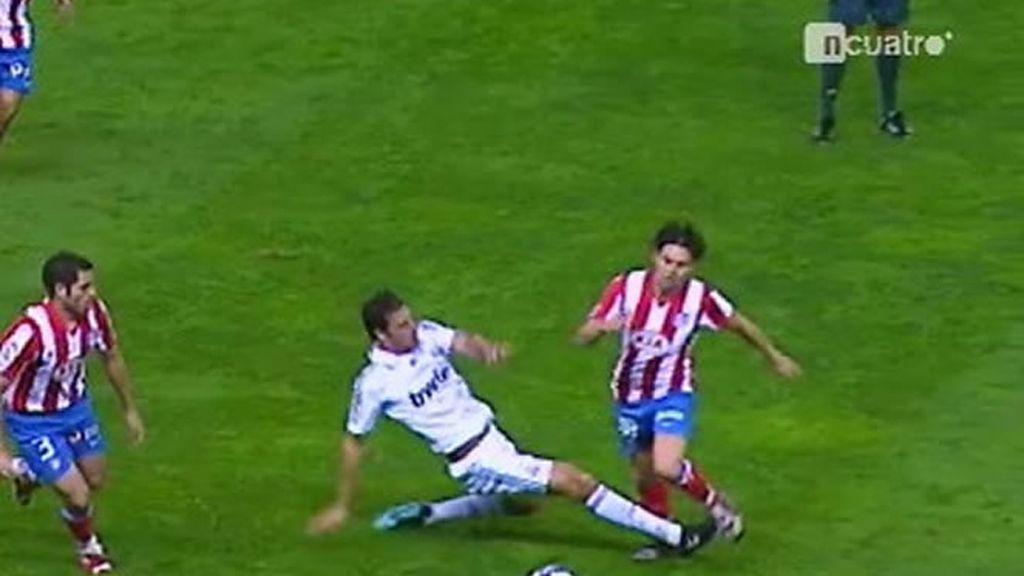 Van Nistelrooy, lo suyo es marcar goles, y no recuperar balones
