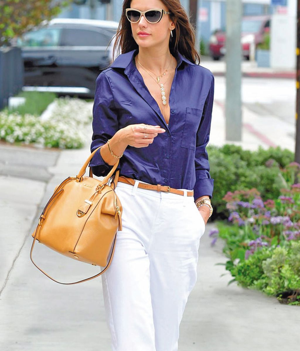 Working look de Alessandra Ambrosio