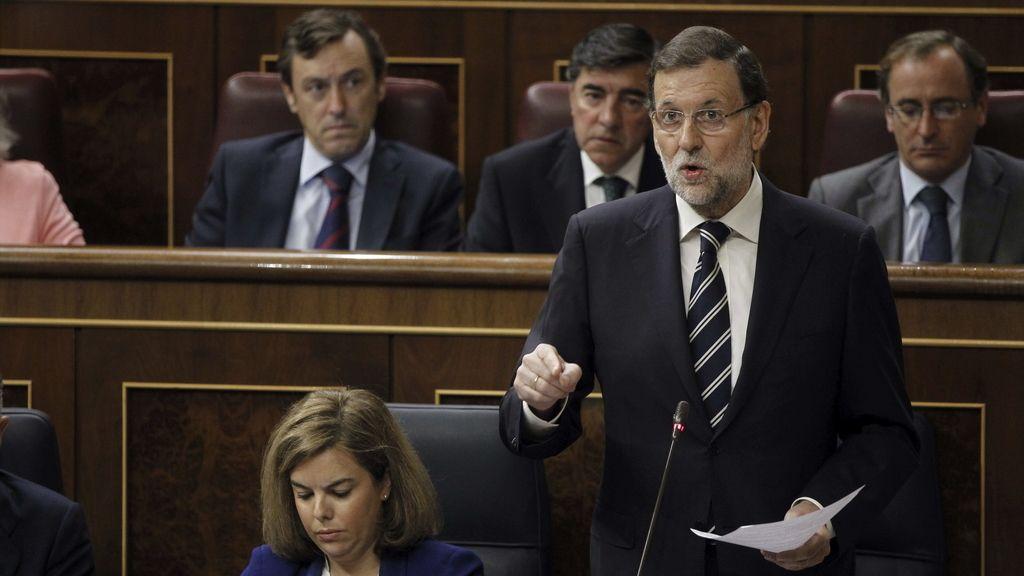 El presidente del Gobierno, Mariano Rajoy, en la sesión de control