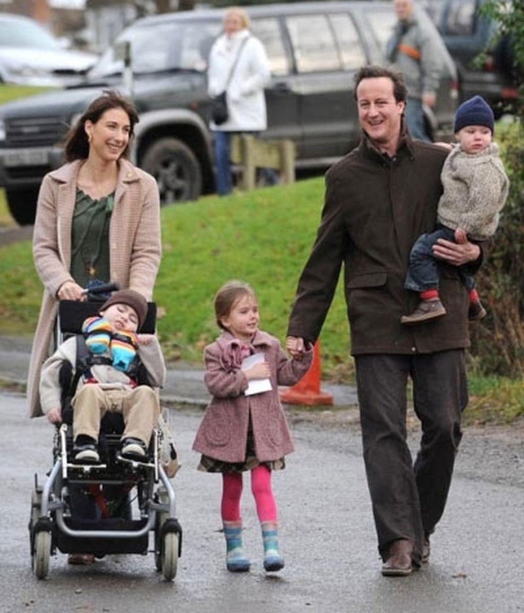 David Cameron con su mujer y sus hijos