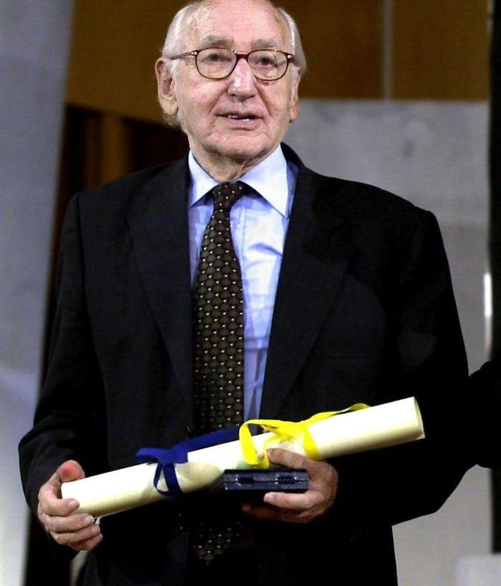 Muere el poeta Carlos Bousoño a los 92 años